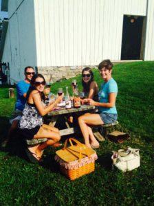 customers picnicing